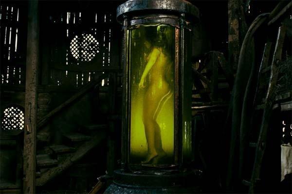 2354 12427 El perfume: historia de un asesino (español)(dvd screener) by hipotalamo
