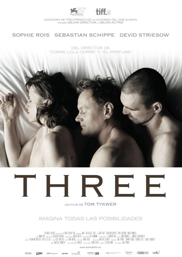 Cartel de Three (2010)